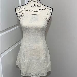 ☀️Hollister lace dress